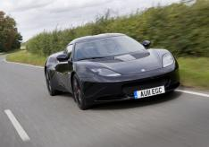 Evora S Fr3Qtr Action Black