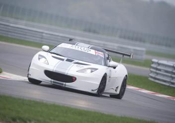 Club GT Fr3Qtr